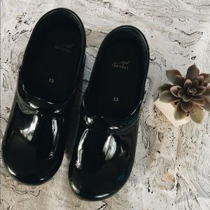 gently worn black dansko